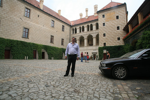 Doma u českého knížete, hraběte a rytíře