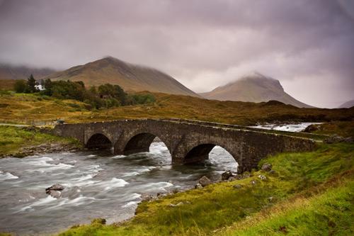 Skotsko: Whisky, sukně, skály