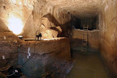 Tzuba - jeskyně Jana Křtitele